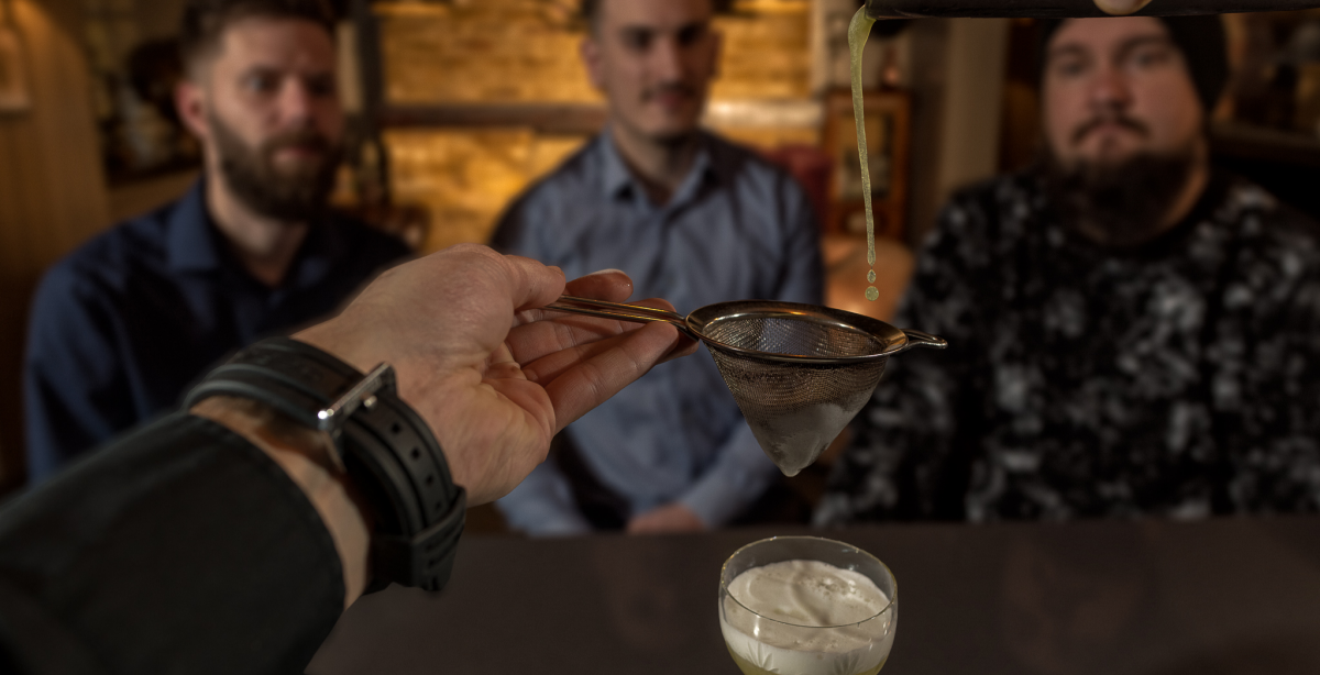A 3 Cocktail Masterclass For Two With Food