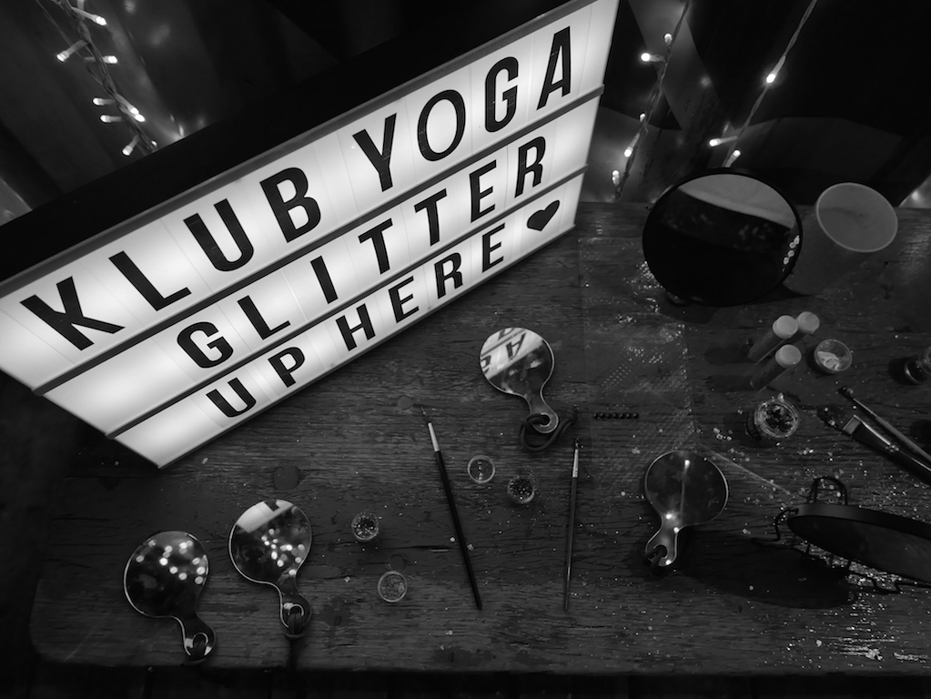 Pop Up - Klub Yoga - Glitter Edition