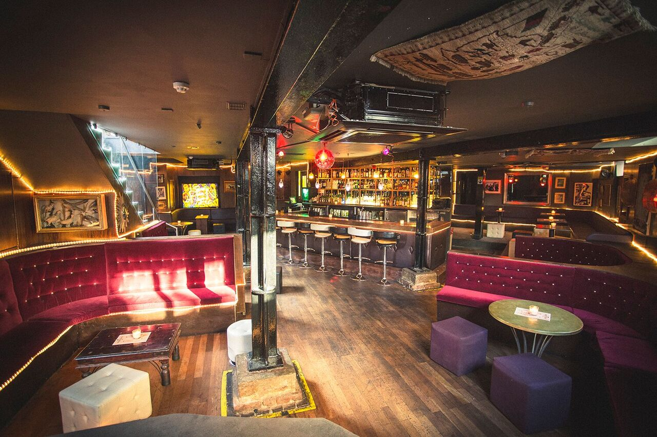 Open Late: NYE Party at Hoxton Seven