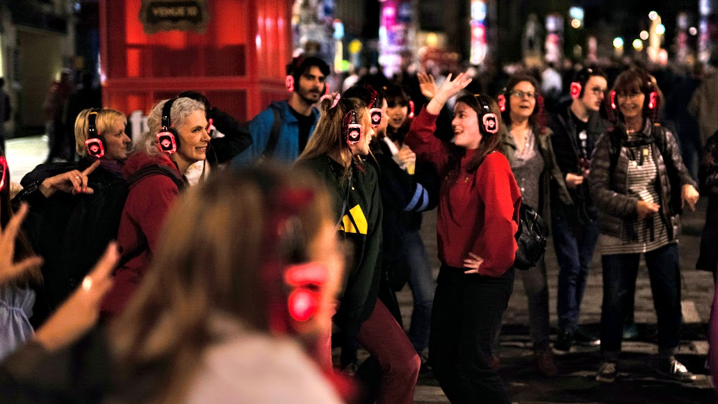 London Christmas Cracker Walking Silent Disco Party