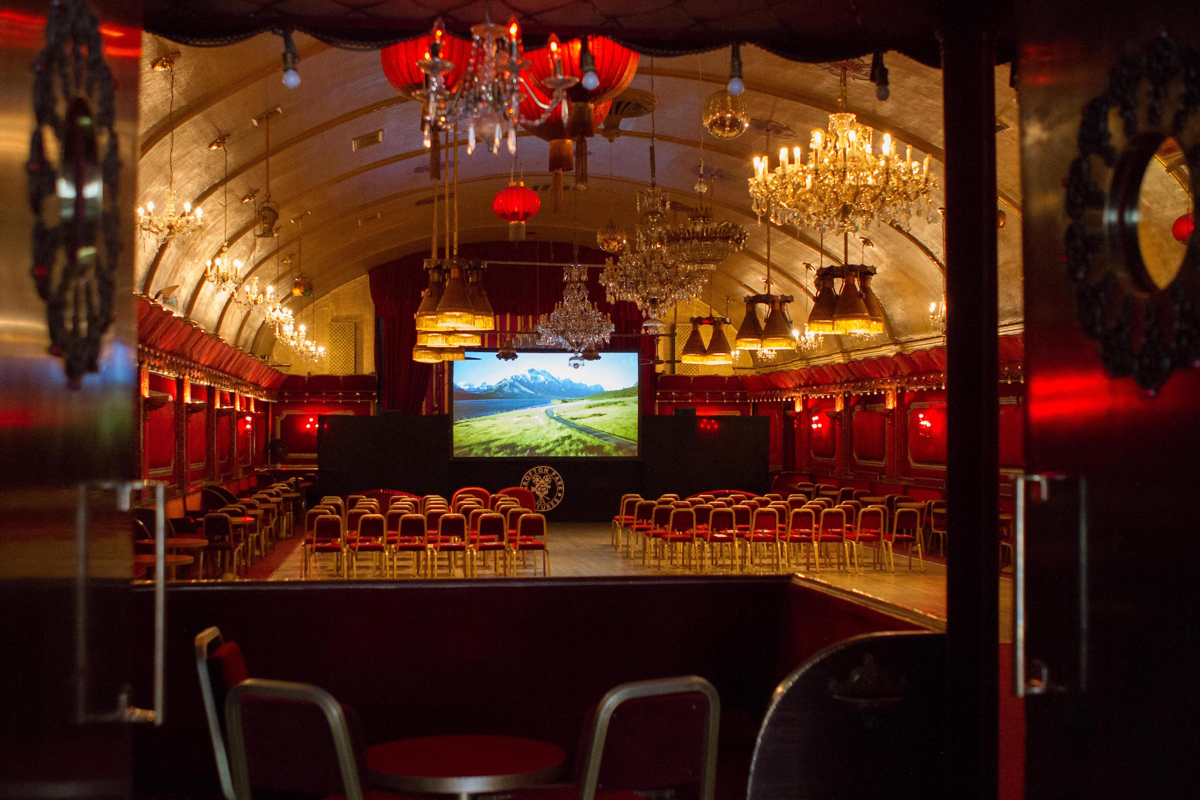 Moulin Rouge- Pop up Cinema