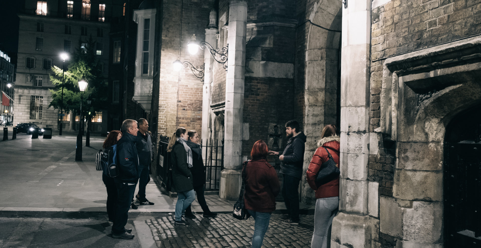 Ghost Tour of London with a Cruise on the Thames