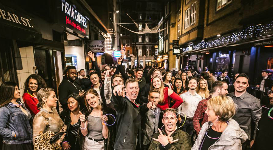 London Bar Crawl | Bar Crawls in London | DesignMyNight