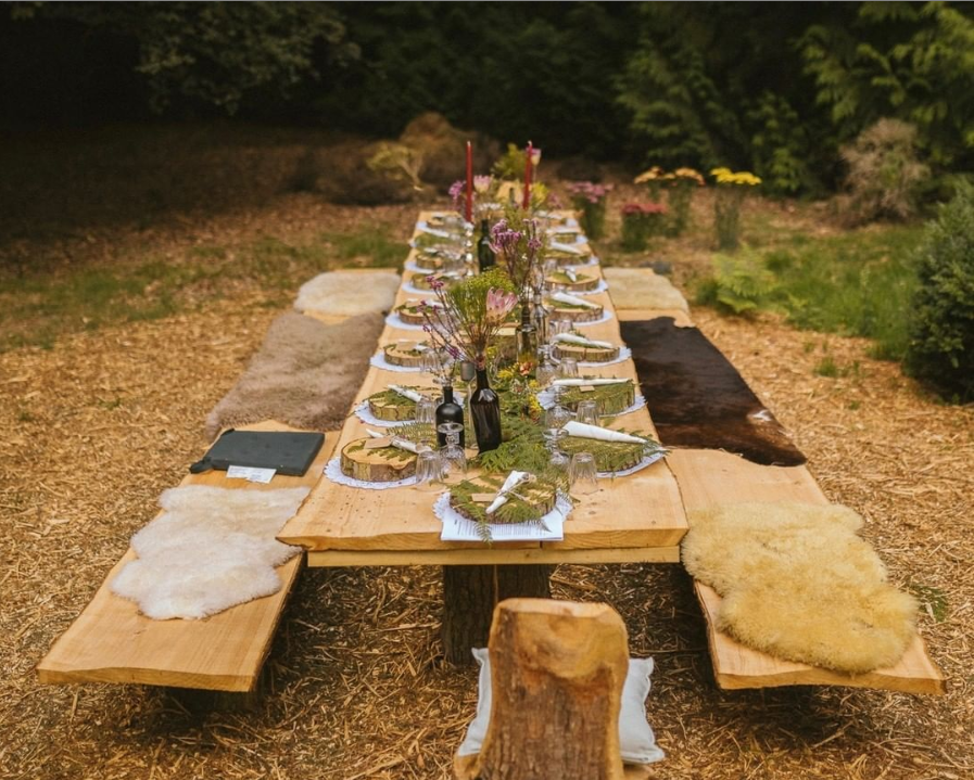 Nomadic Presents...A Hidden Woodland Foraged Feast