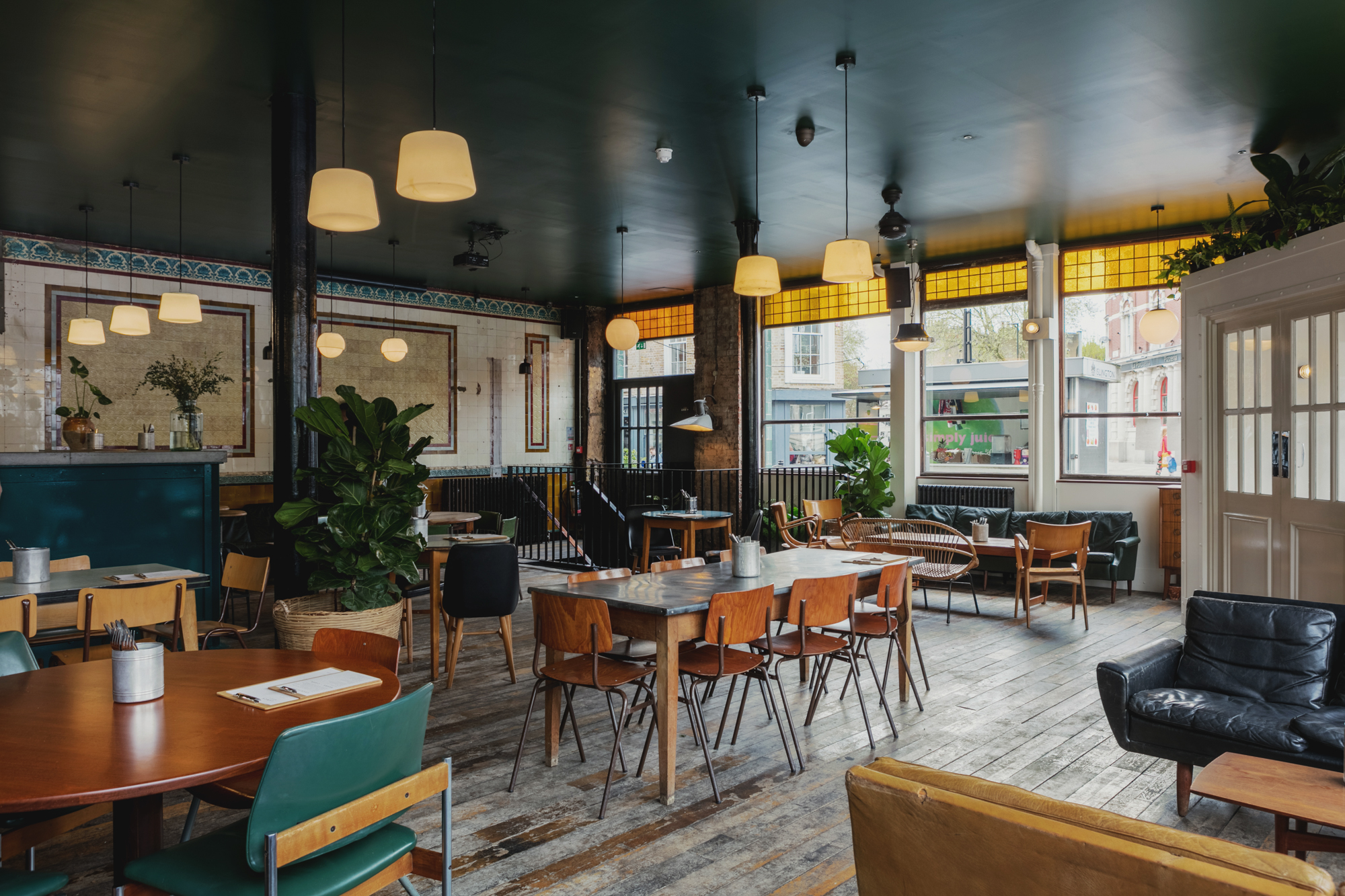 Best Bars In Farringdon In London Designmynight