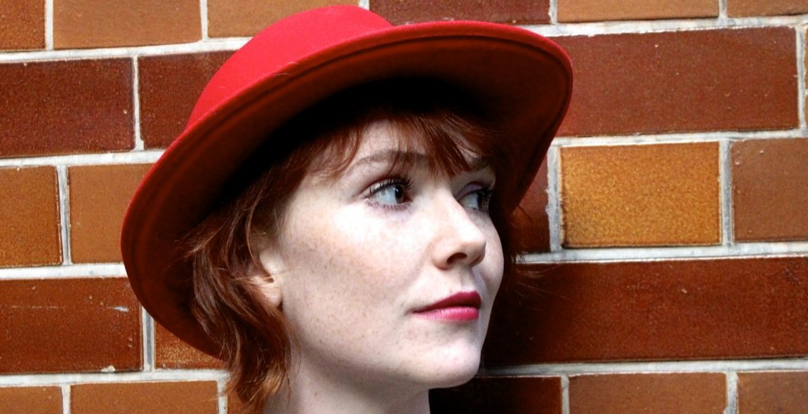 Good Ship Comedy presents Elf Lyons