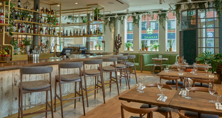Farmacy Interior | London Restaurant Reviews | DesignMyNight