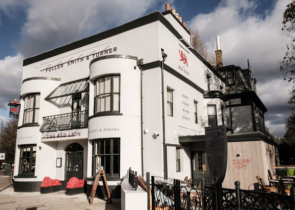 The Red Lion, Barnes - Merry Wives of Windsor