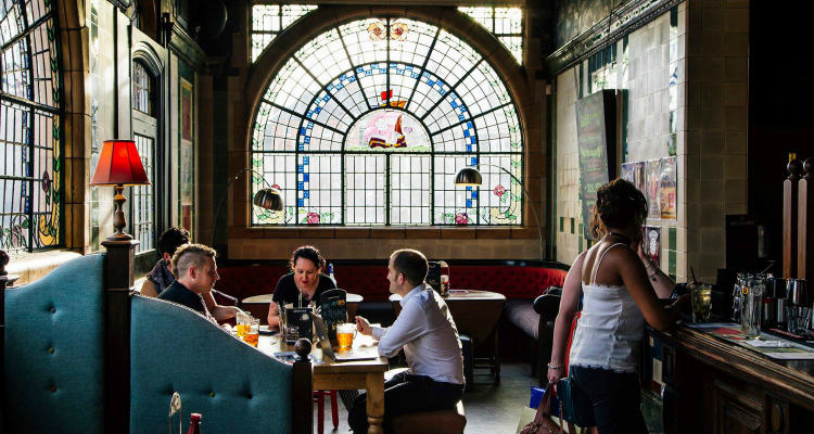 The Rose Villa Tavern | Vegan Junk Food | DesignMyNight