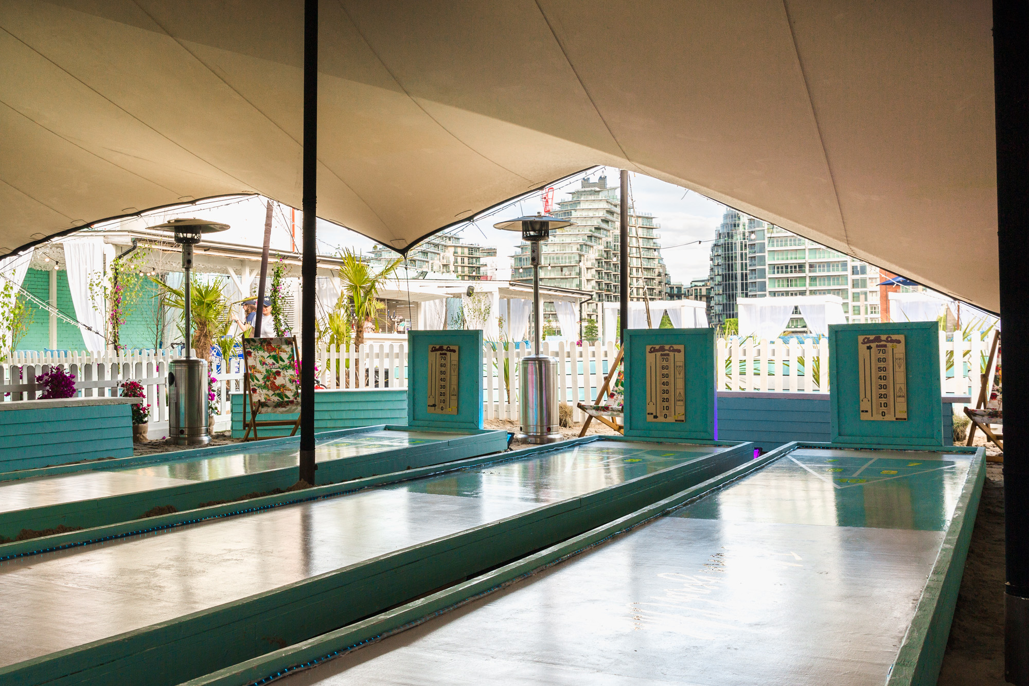 Fulham Beach Club - Shuffleboard