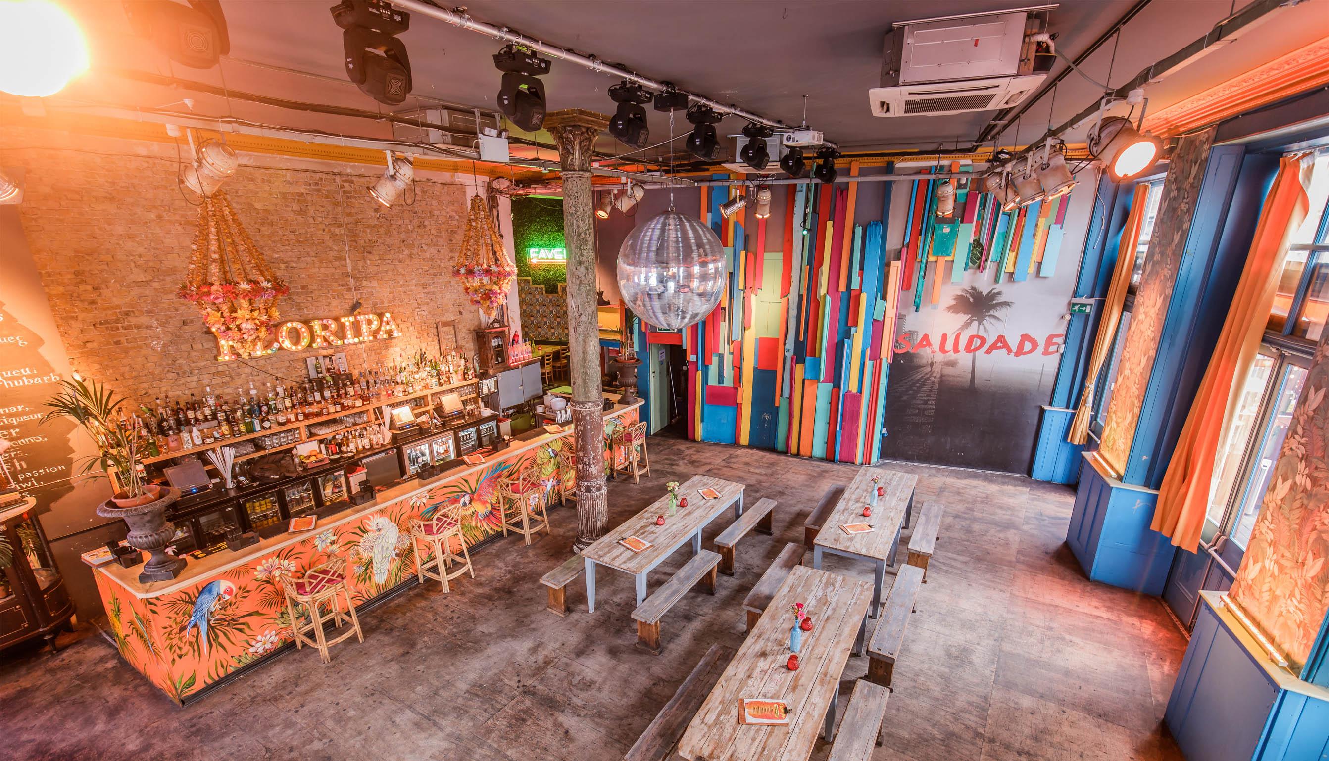 Fun Restaurants In London Fun Places To Eat In London Designmynight