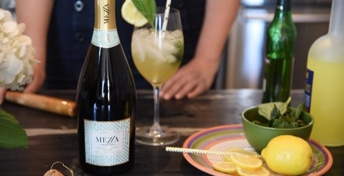 ALL THINGS SPARKLING - A COCKTAIL MASTERCLASS with MEZZA GLACIAL BUBBLY