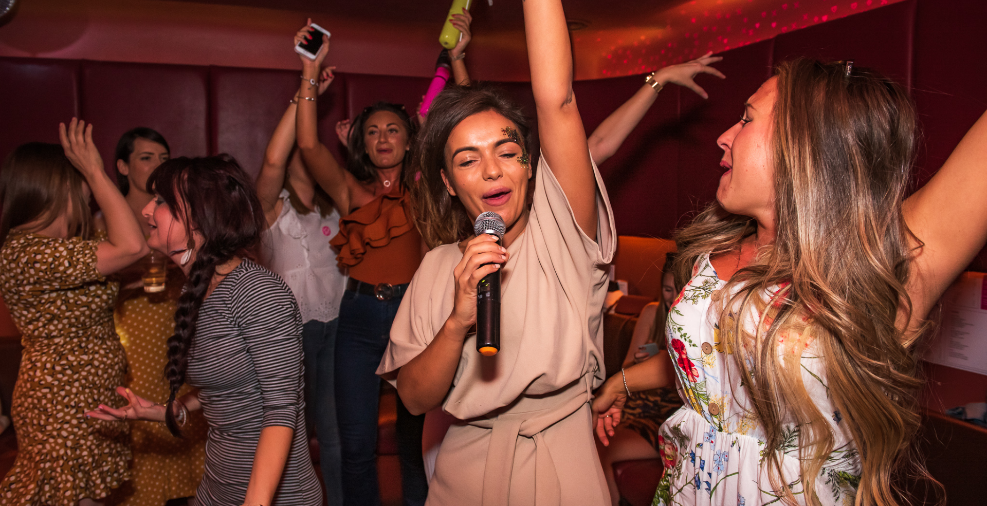 Karaoke Bottomless Brunch!