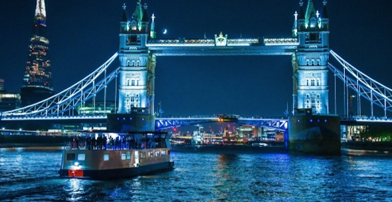New Year's Eve on the Pearl of London