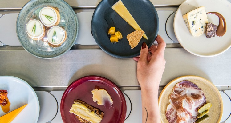 The Cheese Bar Opens Pick & Cheese: Review