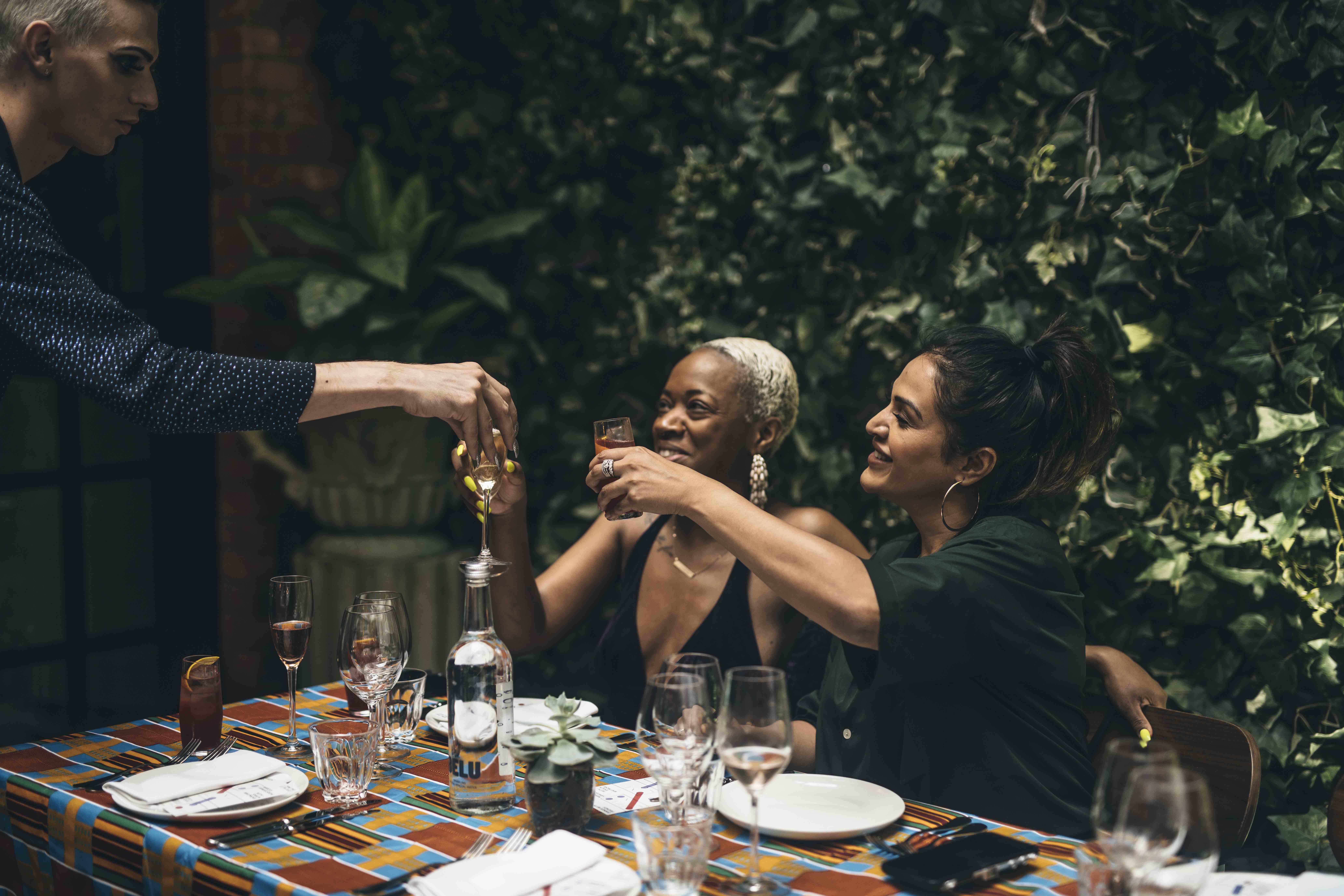 DINNER WITH FRIENDS / MARCUS SAMUELSSON & ANDI OLIVER SUPPER CLUB