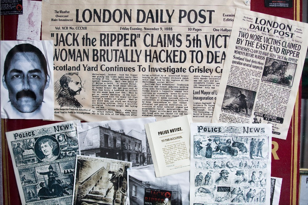 JACK THE RIPPER TOUR + MEAL EXPERIENCE