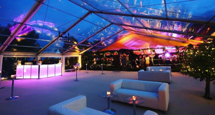 Liverpool Ice Bar | Liverpool Christmas Pop-Up | DesignMyNight