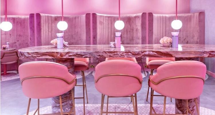 El & N cafe pink