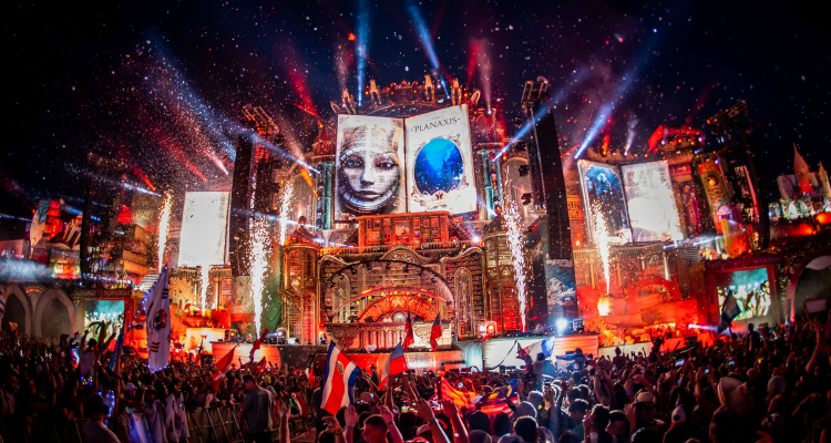 tomorrowland best festival in the world