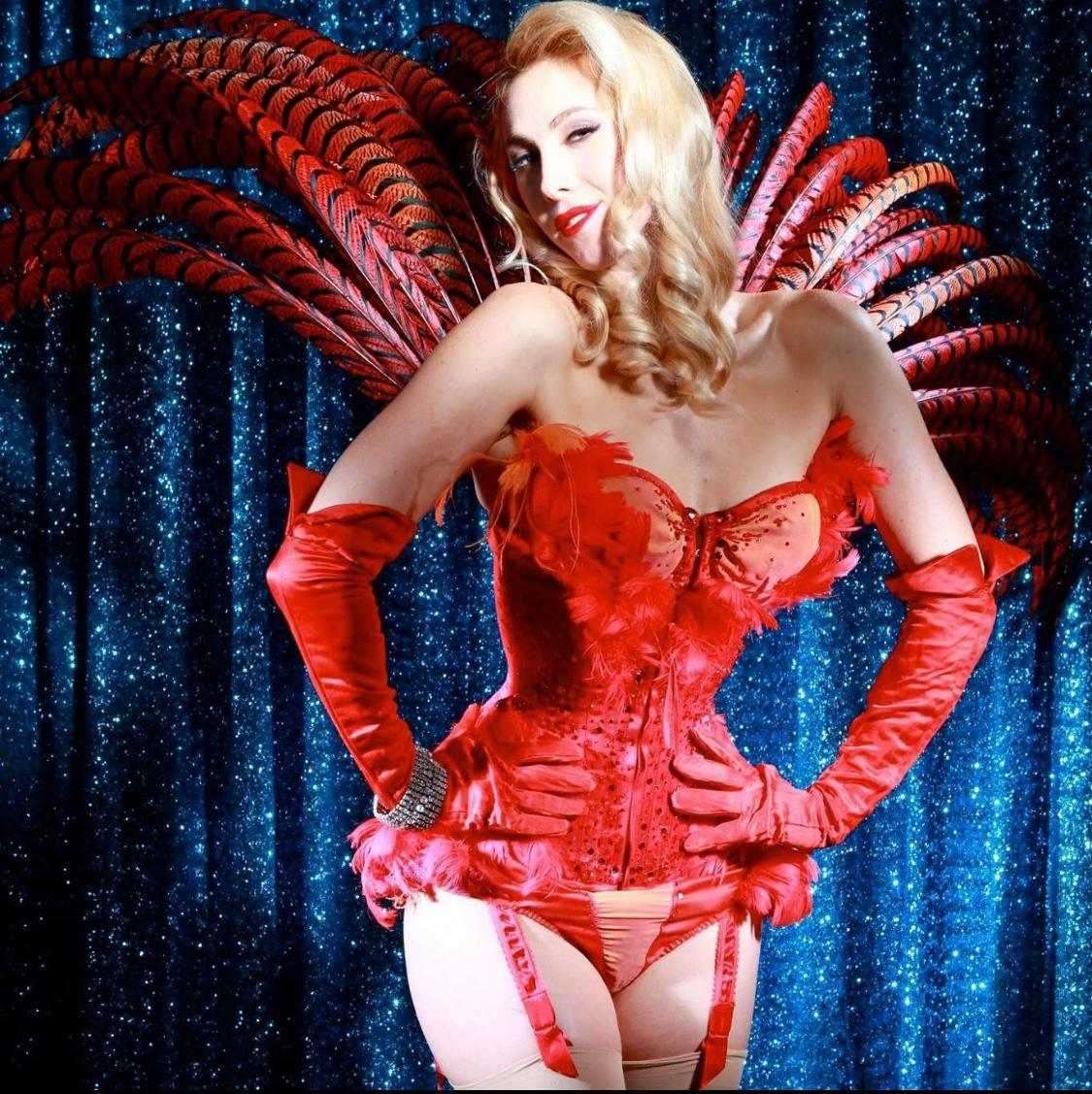 Online burlesque classes for all!