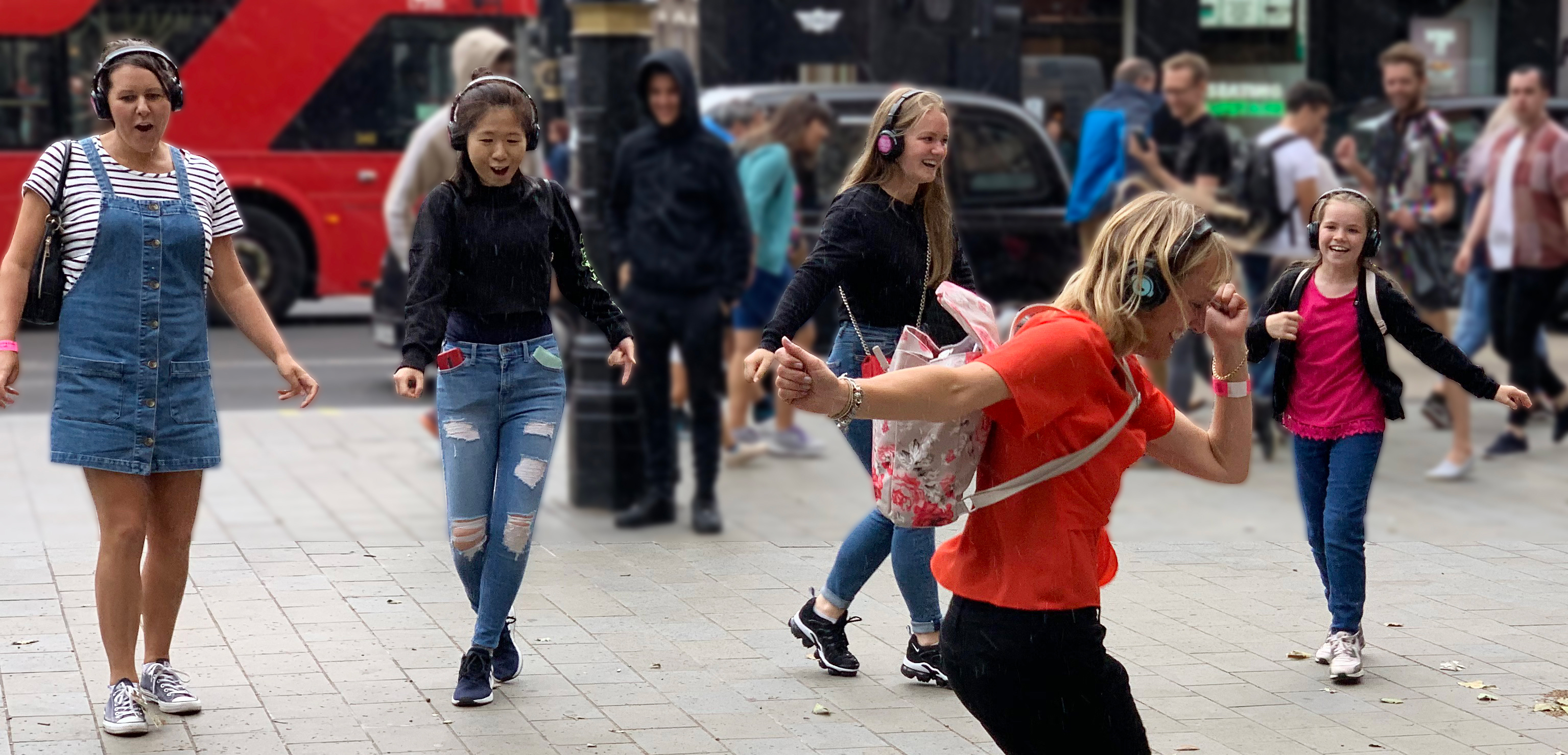 West End Musical Tour Silent Disco Walking Tour #silenttours