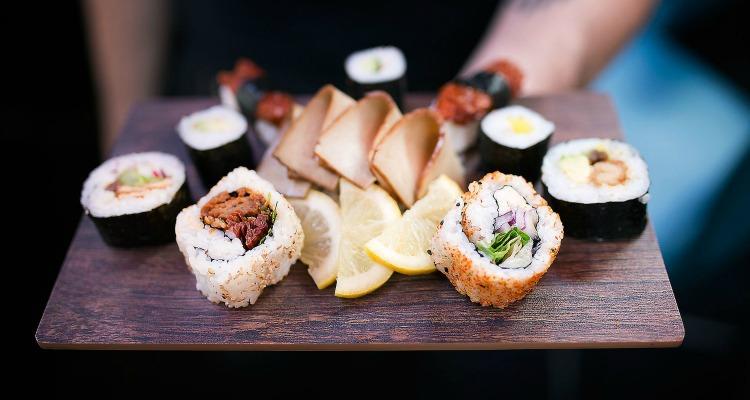 moshimo vegan sushi delivery brighton