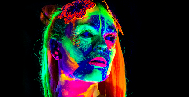 Boxpark Wembley Host Neon Naked Life Drawing Class