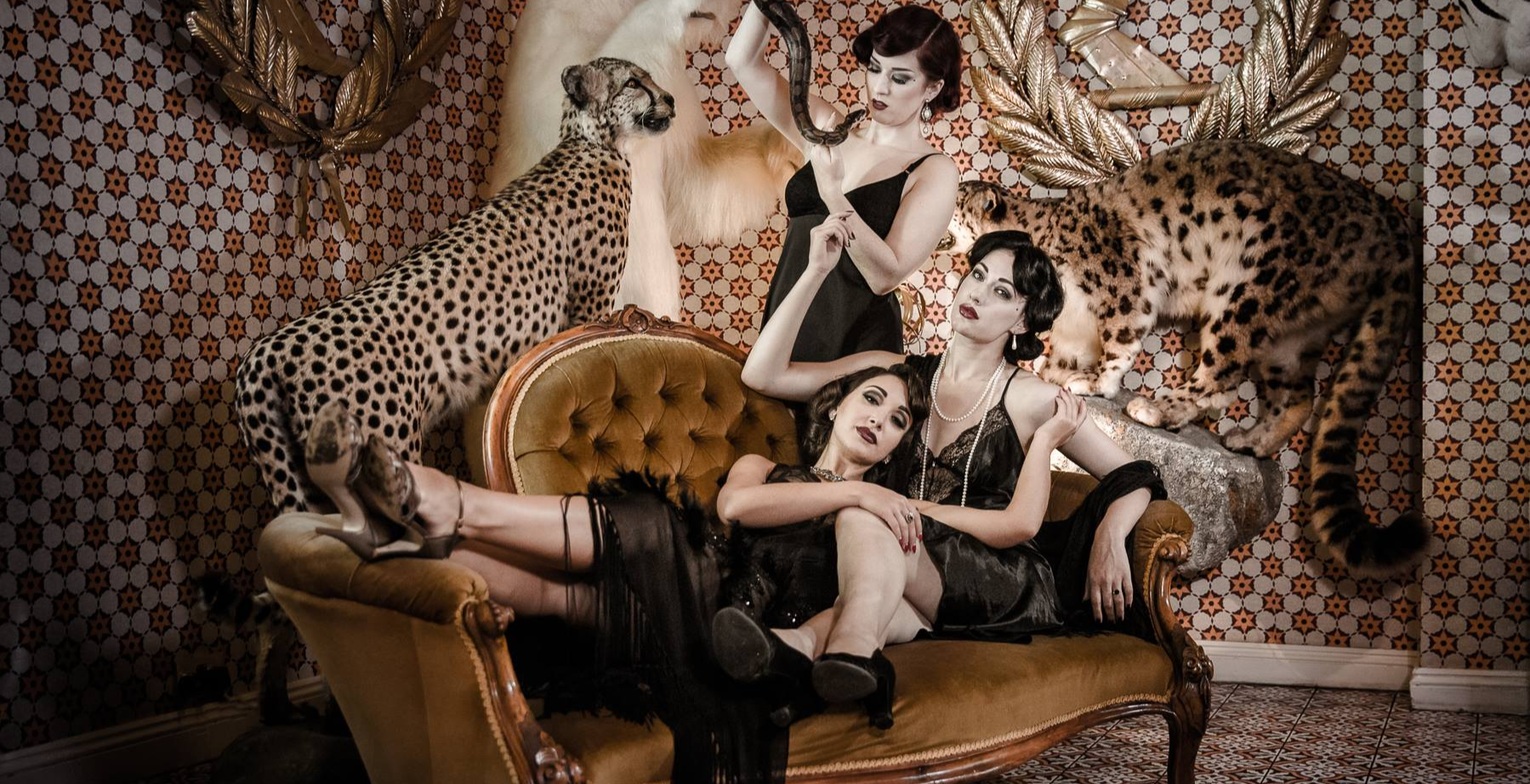 GIN HOUSE BURLESQUE - The new age Winter Revue