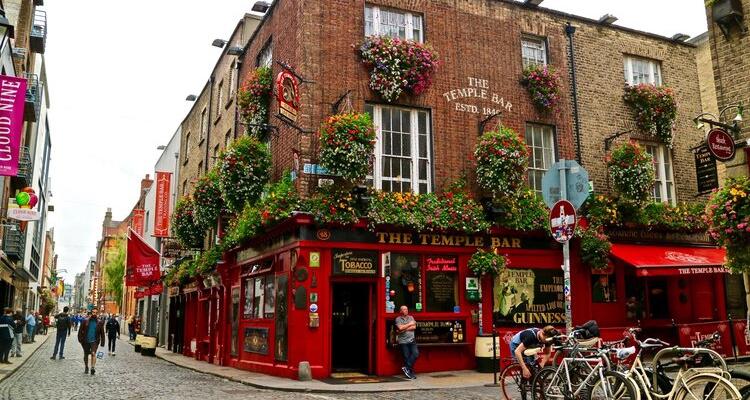 Temple Bar Pub | Explore Temple Bar Dublin | DesignMyNight