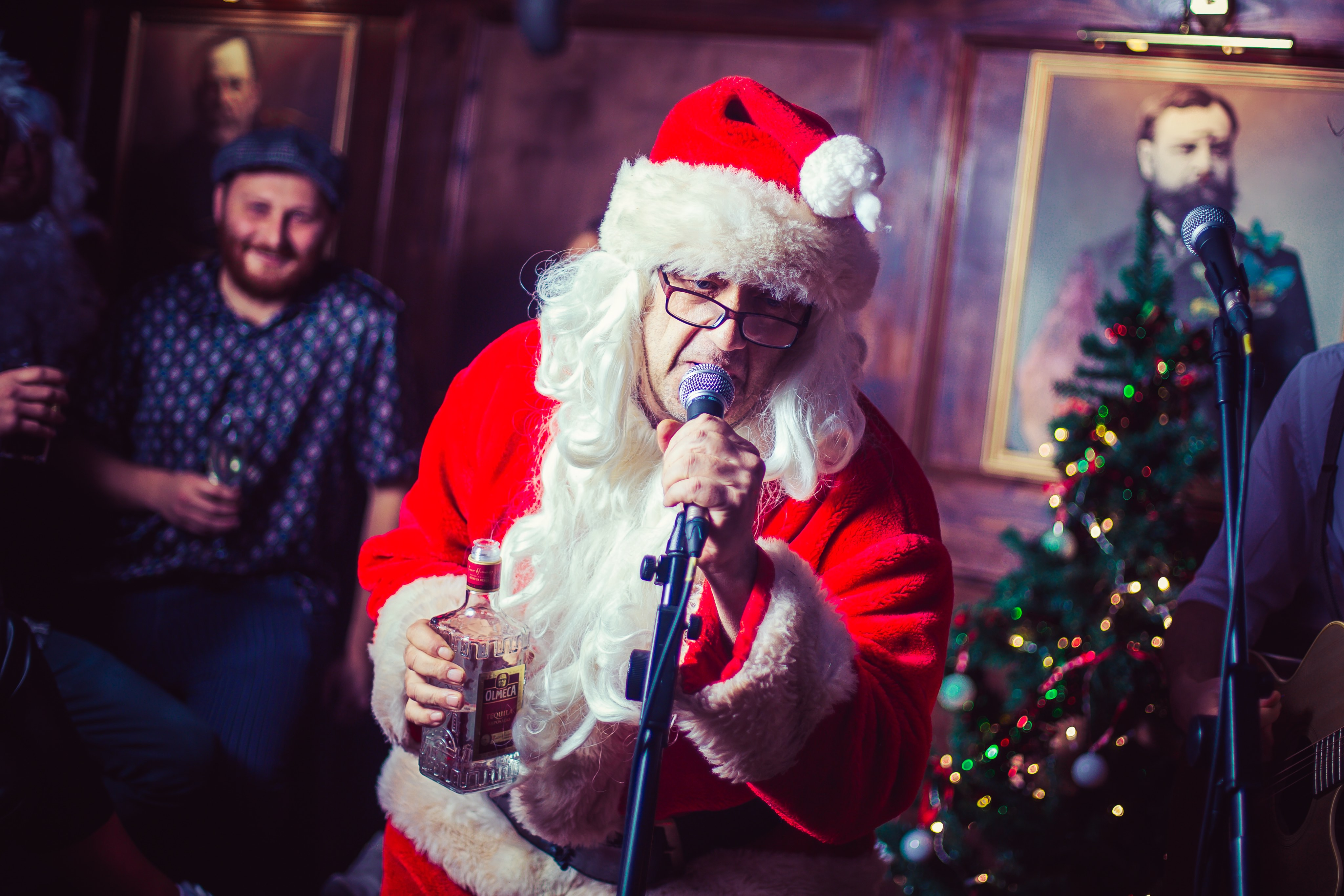 Bad Santa's Sing The F*ck Along