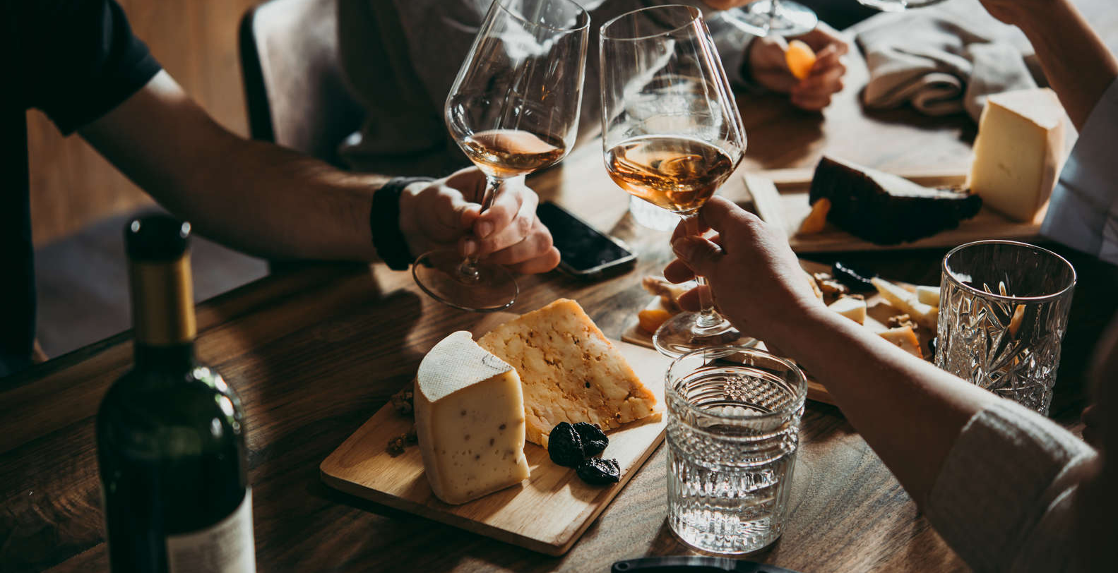 Virtual Wine Tasting with Cheese Pairing