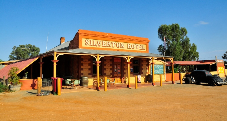 Cool Places To Visit In Australia The Silverton Hotel