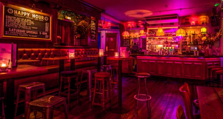 Simmons Soho   Instagram Bar In London   DesignMyNight