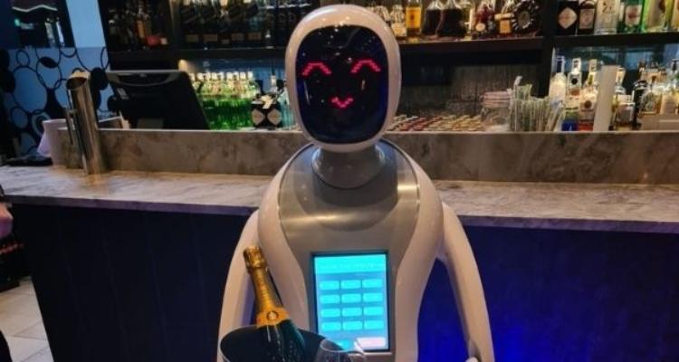 M Restaurants Champagne Robots