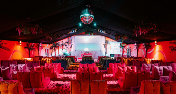 Backyard Cinema | Immersive Movie Night London | DesignMyNight