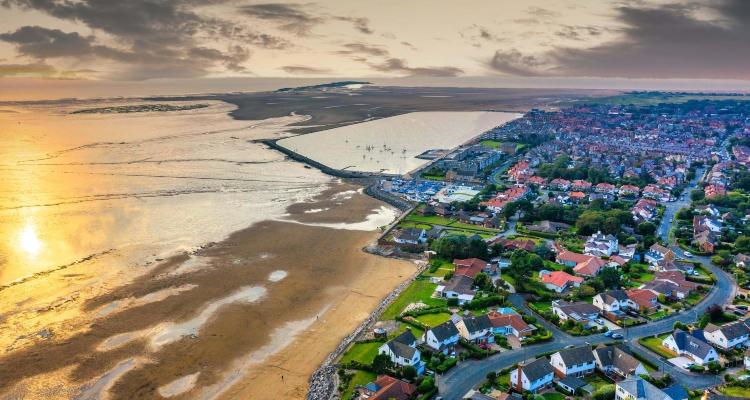 West Kirby Beach | Best Beaches in Liverpool | DesignMyNight