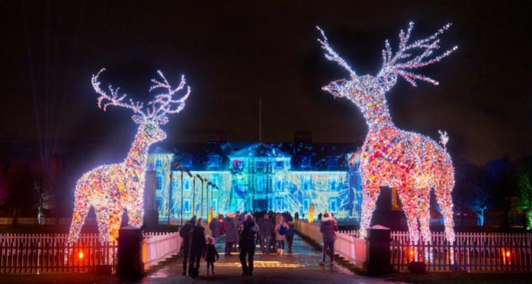 Duham Massey Christmas Lights And Restaurant | DesignMyNight