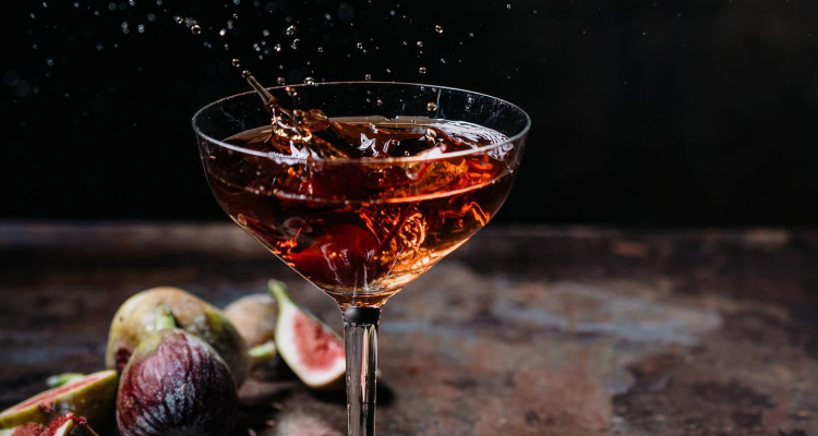 Oblix Third Formula Cocktail | DesignMyNight